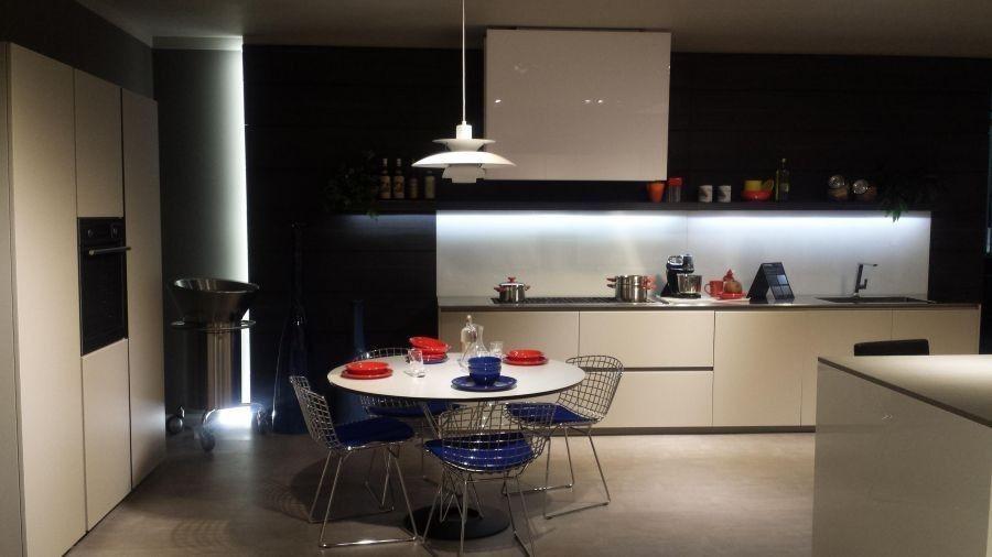 Kitchen Modulnova Model Light Vetro