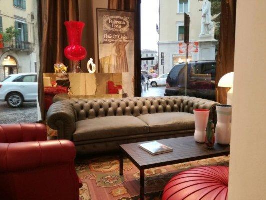 Beautiful divano chester frau ideas for Squassabia arredamenti